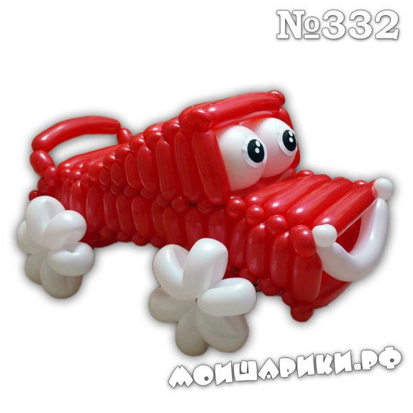 Машинка из воздушных шаров красная