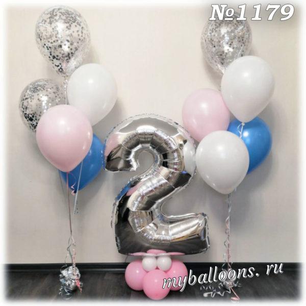 Фонтаны из шаров с цифрой 2