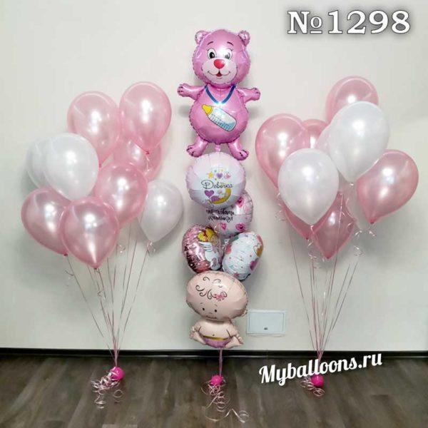 Розовые шары и фольгированные фигуры на выписку девочки